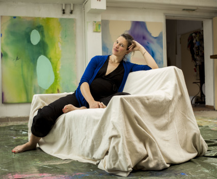 Judith Schmidt in her Studio ©Kirsten Becken